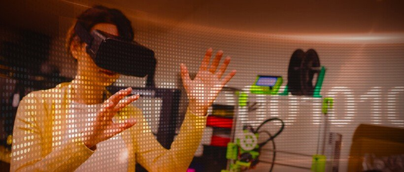 Immersive Technology - [x]cube LABS